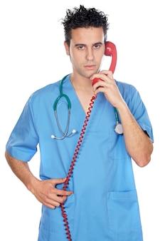 医者、電話で話す、白い背景