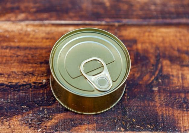 缶詰の缶詰