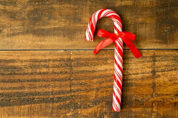赤いリボンと甘いキャンディー杖