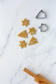 クリスマスのジンジャーブレッドクッキー生地