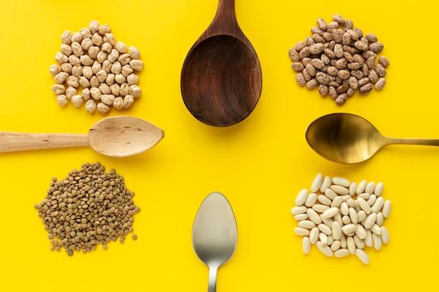 Бобовые, чечевица, нут, фасоль, зеленая чечевица