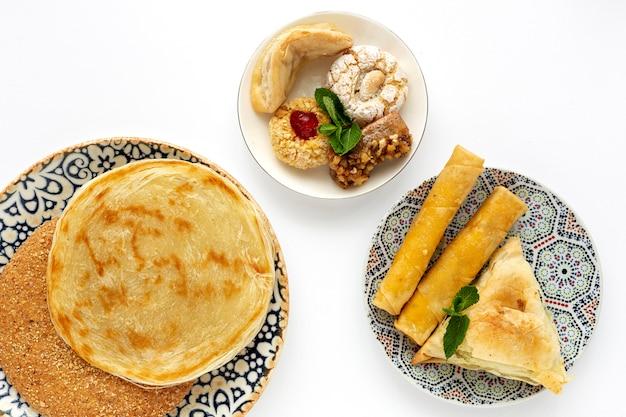 伝統的な典型的な自家製ラマダン料理