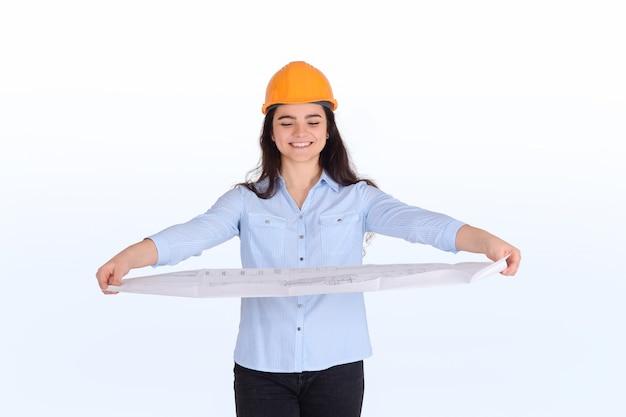 Женский архитектор холдинг план.