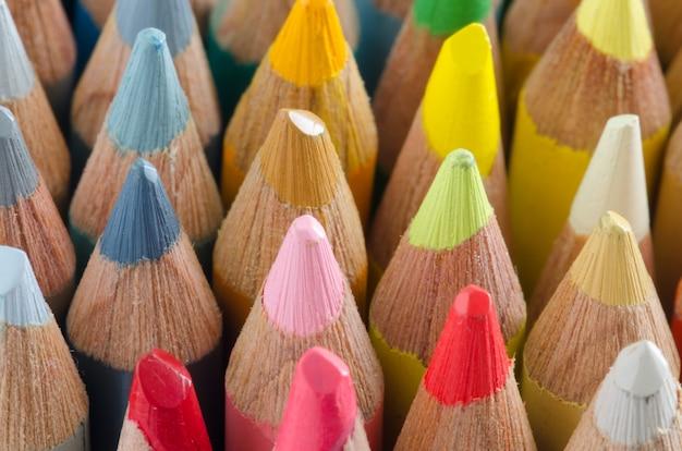 Цветные карандаши из дерева. макрос советов.