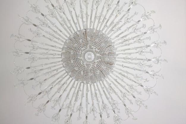 アールヌーボー様式のシャンデリア
