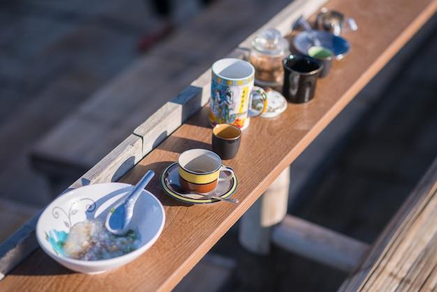 朝のお粥とコーヒー