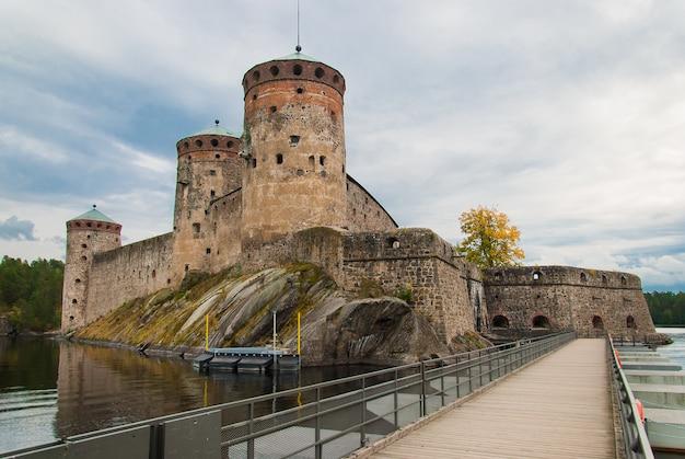 Олавинлинна замок в савонлинне