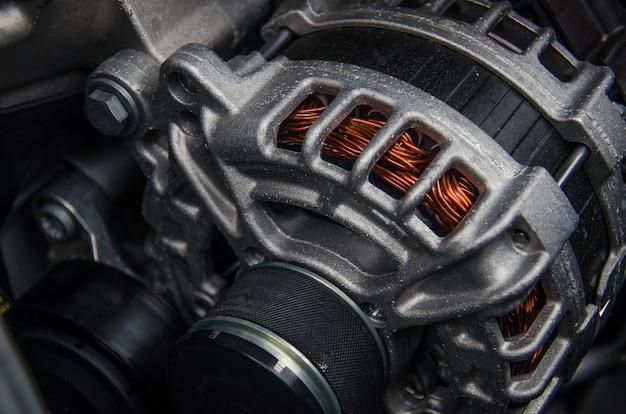 自動車発電機の写真