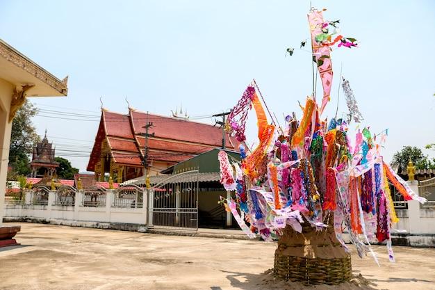 照明の日にタイの寺院、タイのスタイルの祭典。