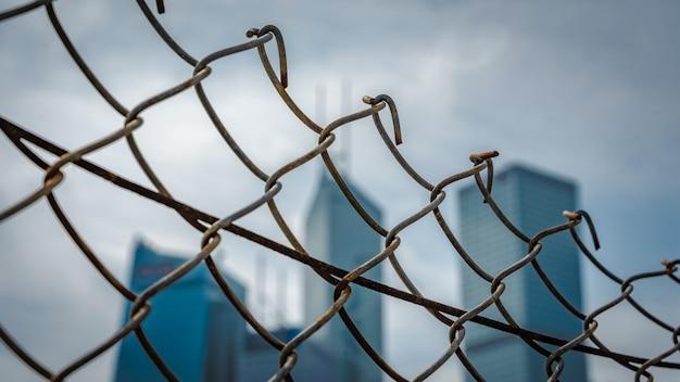 鋼線フェンス