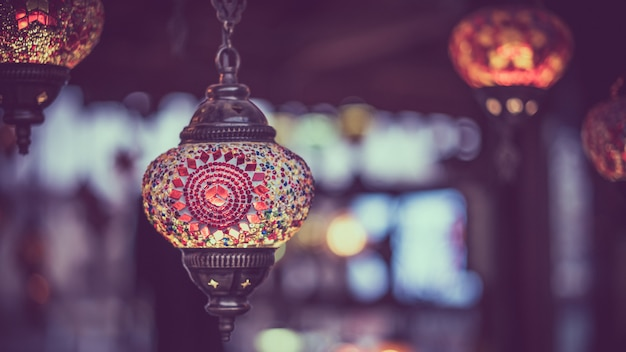 Традиционная турецкая лампа