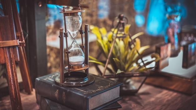 砂時計砂時計とコンパス