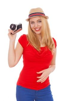 Девочка-подросток с пленочной камерой