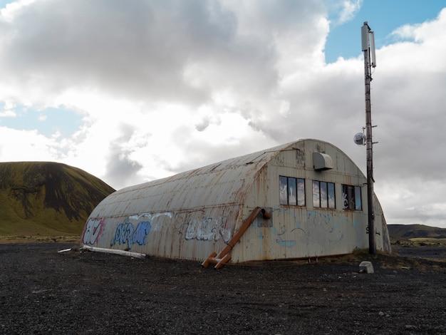 Ангар в исландии