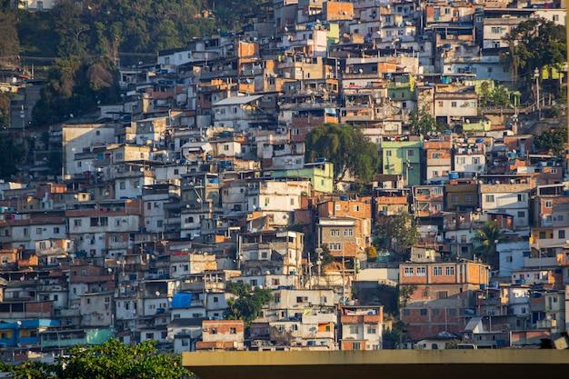 リオデジャネイロのカトゥンビ地区にあるクラウンヒル。