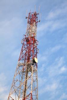 テレコミュニケーションラジオアンテナタワー