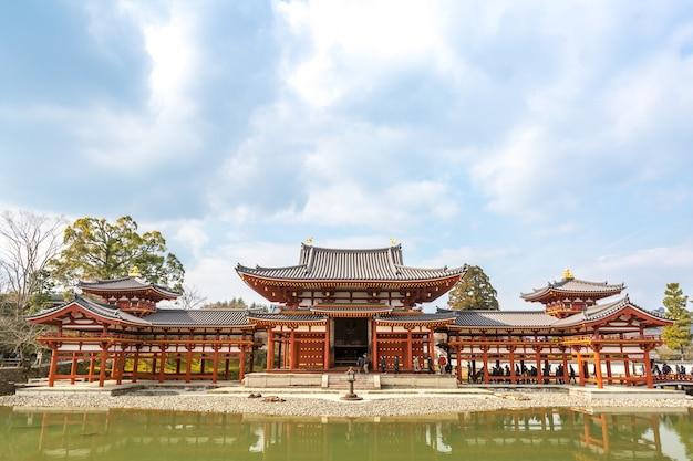 Бёдо-в храме