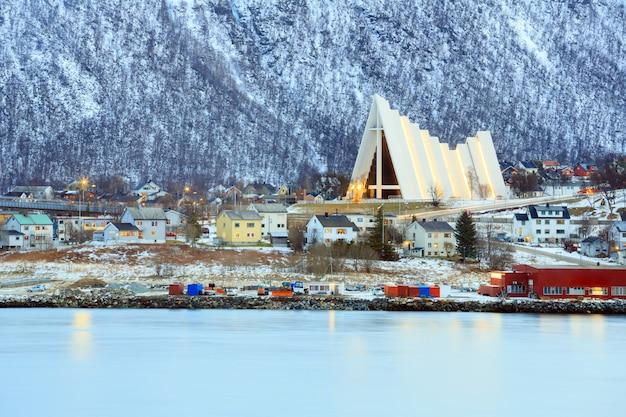 トロムソ都市景観北極大聖堂