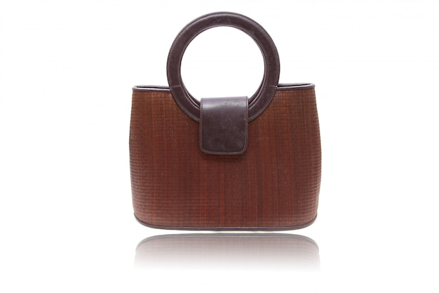 木製の女性用バッグ