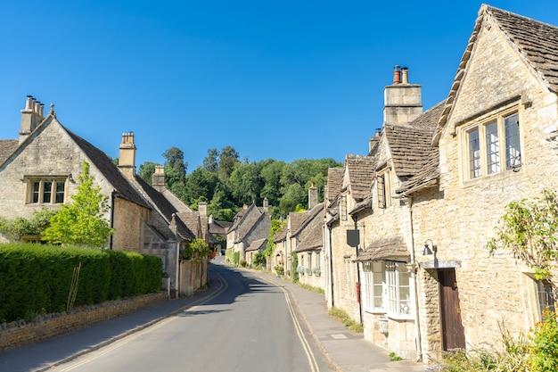 Котсволдские деревни в англии великобритания