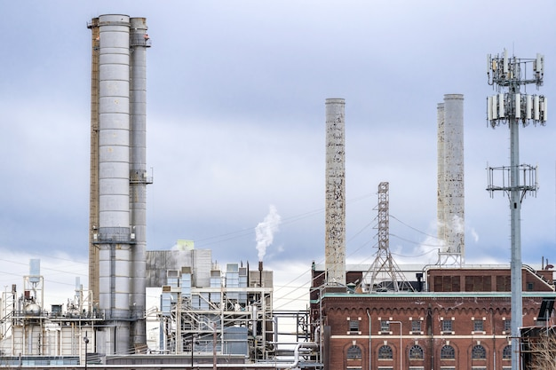 発電所の煙突