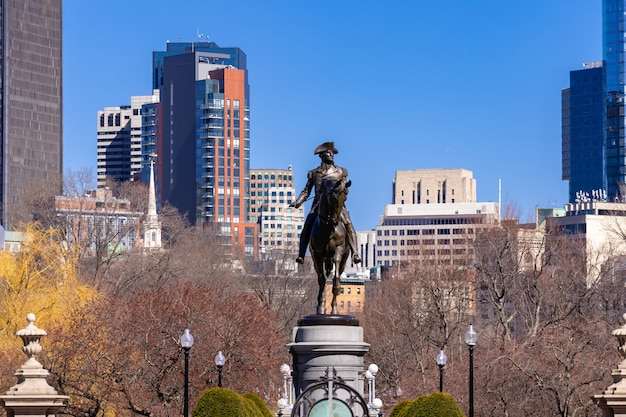 Бостон джордж статуя вашингтона