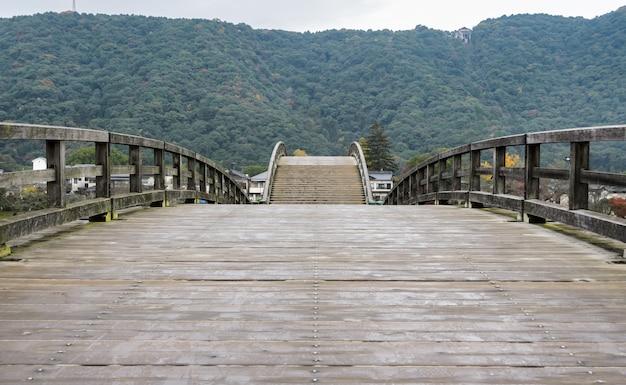 Кинтай-кё мост в ивакуни, япония