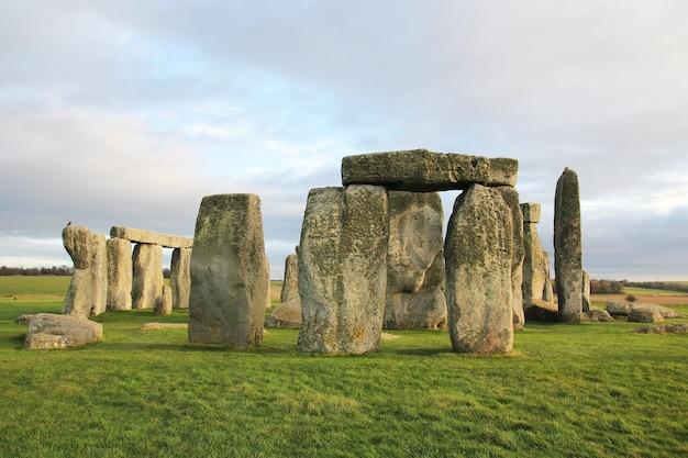 ストーンヘンジ、イングランドの石。