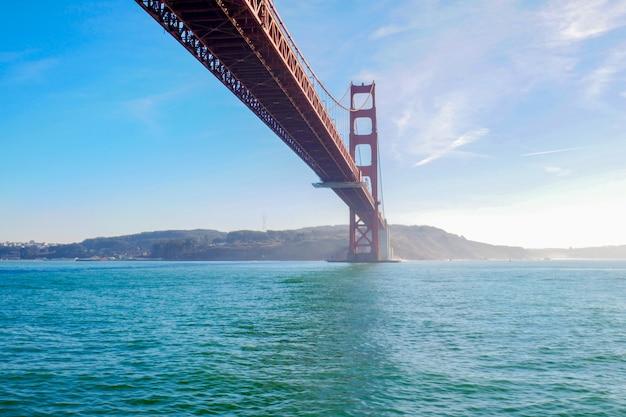 Вид на мост золотые ворота. сан-франциско, калифорния, сша.