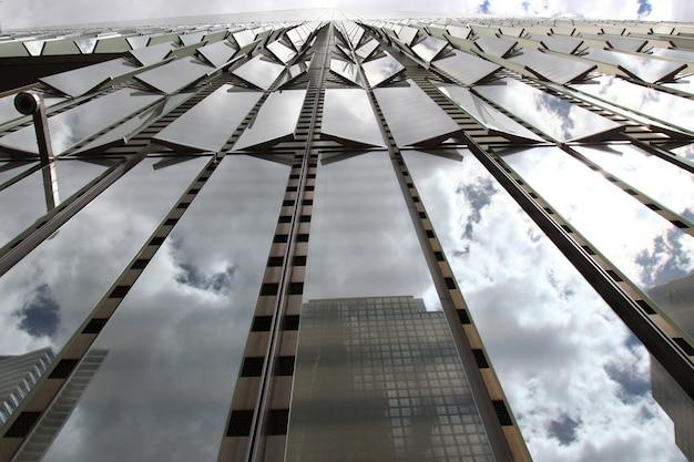 米国ニューヨーク市で最も高いビルと呼ばれる世界貿易センター
