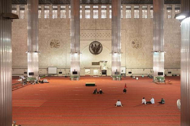 イスティクラルモスクは東南アジア最大のモスクです。