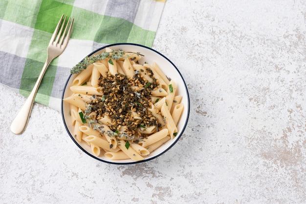 野菜ソース豆のパスタ