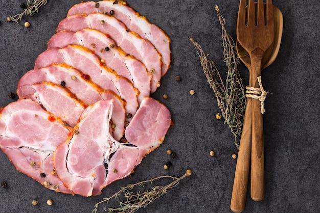 パストラミ豚肉