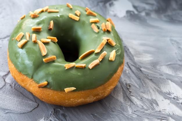 緑茶ドーナツ