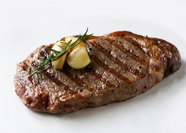 リブアイサーロインステーキ、ブラックアンガスステーキ、肉のグリル