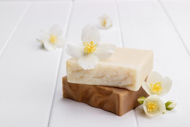 手作りのジャスミン石鹸