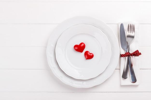 ロマンチックなテーブルセッティング