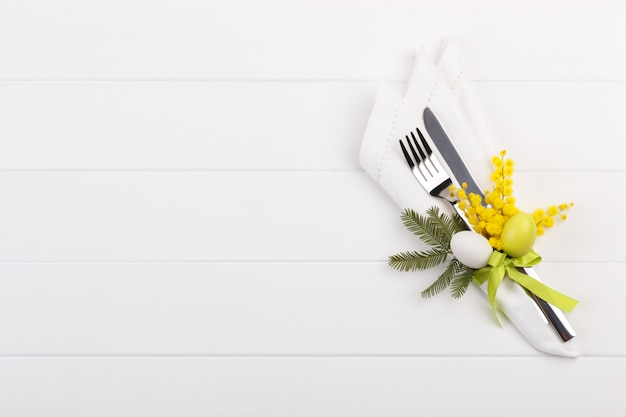 Сервировка стола весна