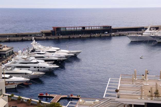 モナコ港のヨット