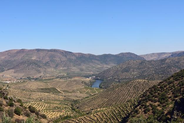 サウニャエスカルハオ、グアルダ、ポルトガルの近くのパルケナチュラルドウロ国際風景