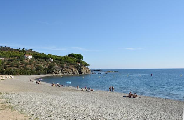 Гарбет пляж колера, коста брава, провинция жирона, коста брава, испания
