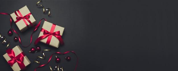 メリークリスマスのグリーティングカード、フレーム。冬のクリスマスの休日のテーマ。