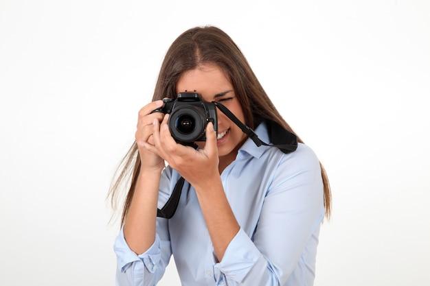デジタル一眼レフカメラを使用して女性の肖像画