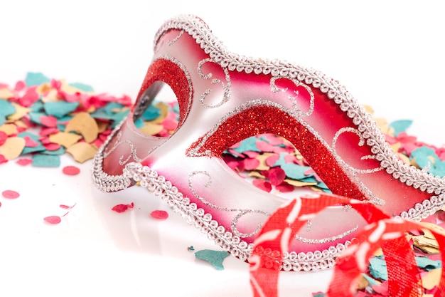 赤いベネチアンマスク