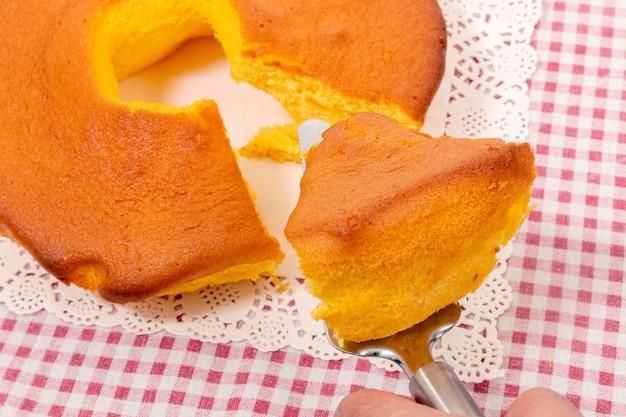 Пао де ло де овар, типичный торт португалии