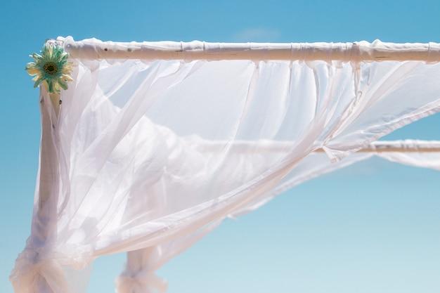 Деревянная свадебная рамка
