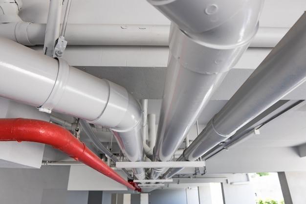 建物内の配管システム