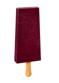 ウッドの背景に分離されたスティックアイスクリームアサイ味。メキシコのパレット