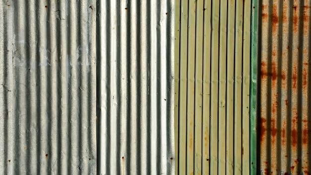 Старая текстура крыши металлического листа.