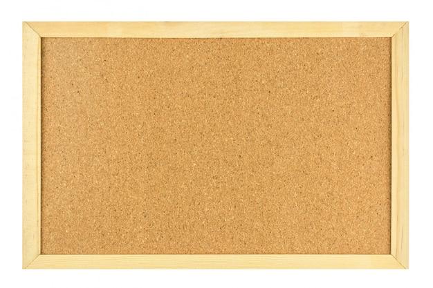 白い背景上に分離されて木製のフレームで空白のコルクボード。